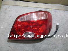 Mitsubishi air trek 2004 tail light