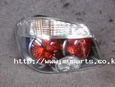 Mitsubishi air trek 2005 tail light