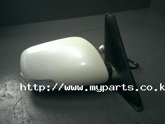 Toyota rumion 2011 side mirror