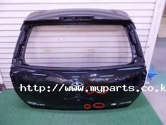 Toyota fielder 2013 tail gate