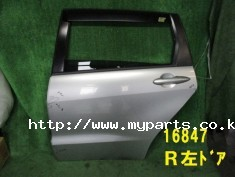 Honda stream 2011 left rear door